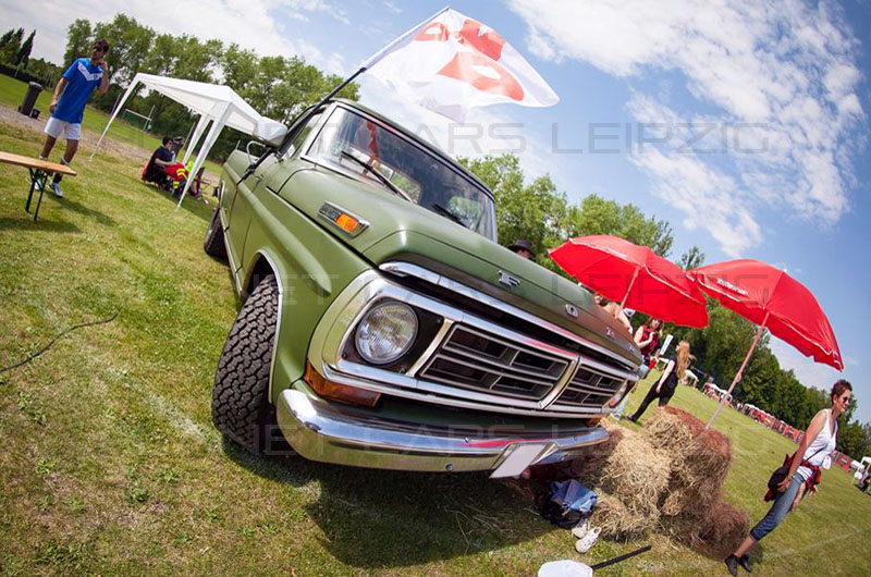 Ford F150 - Shutterstock Agency Cup 2014